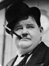 220px-Oliver_hardy